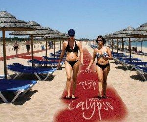 שטיחי ספגטי בחוף הים - שטיח נגד החלקה לבריכות