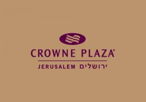מלון קראון פלזה שטיח עם לוגו