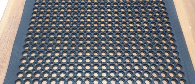 שטיח גומי