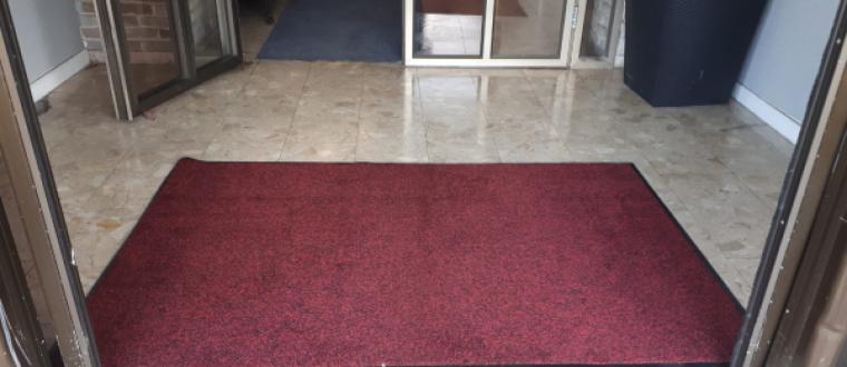 שטיחי כניסה גדולים